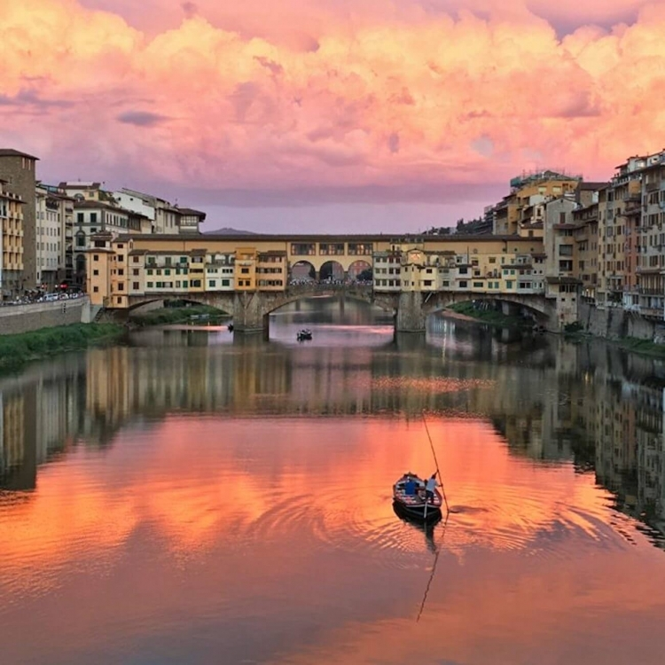 The Neighborhood: A view from the Arno