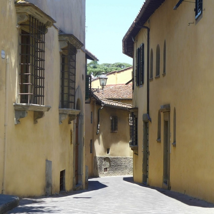 Via Erta Canina is one of the most picturesque areas of Florence.