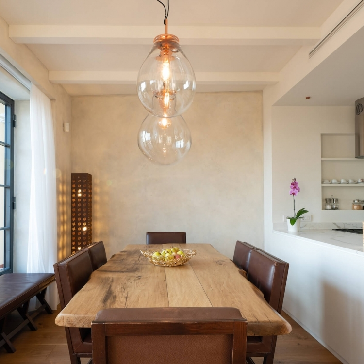 Dining Table for up to 8 guests