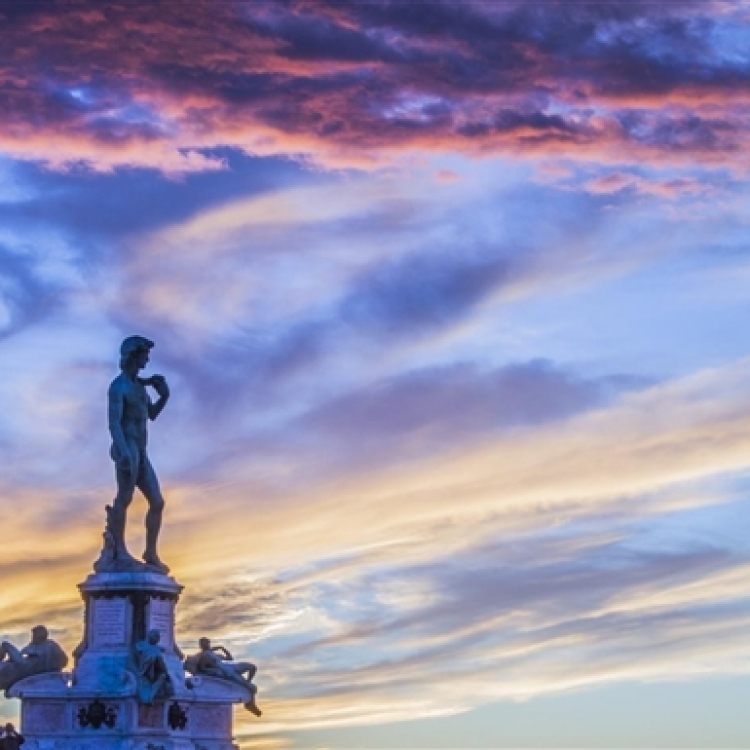 The David at sunset at Piazzale Michelangelo